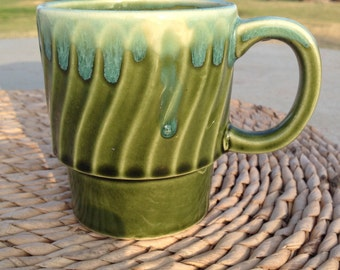 VINTAGE JAPAN GREEN Avocado Stacking Coffee Cup Retro Green Drip Glaze Coffee / Tea Cup Made In Japan