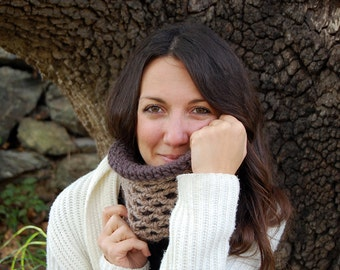 Infinity scarf pattern, reversible cowl for women, crochet pattern, instant download MP024