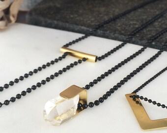 Raw QUARTZ Crystal  // Black Ball chain // Minimalist and contemporary jewellery  // Geometric jewelry // Black and gold
