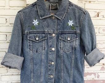 Vintage Jean Jacket / Vintage Denim Jacket Women Size M