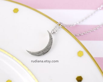 Tiny Silver Crescent Moon Necklace Dainty and Delicate Necklace Birthday Gift Wedding Jewelry Bridesmaid Gift-3014