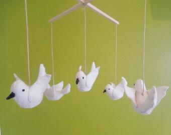 Bird Mobile,Baby mobile,Bird,Felt Mobile,Felt,Baby shower,Gift,nursery decor,nursery