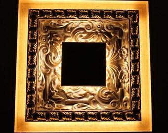 Light antique picture frame