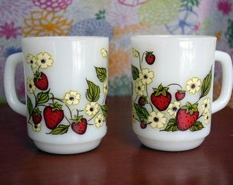 Vintage Anchor Hocking Milk Glass mugs/coffee mug/Strawberries/Strawberry flowers/tea mug