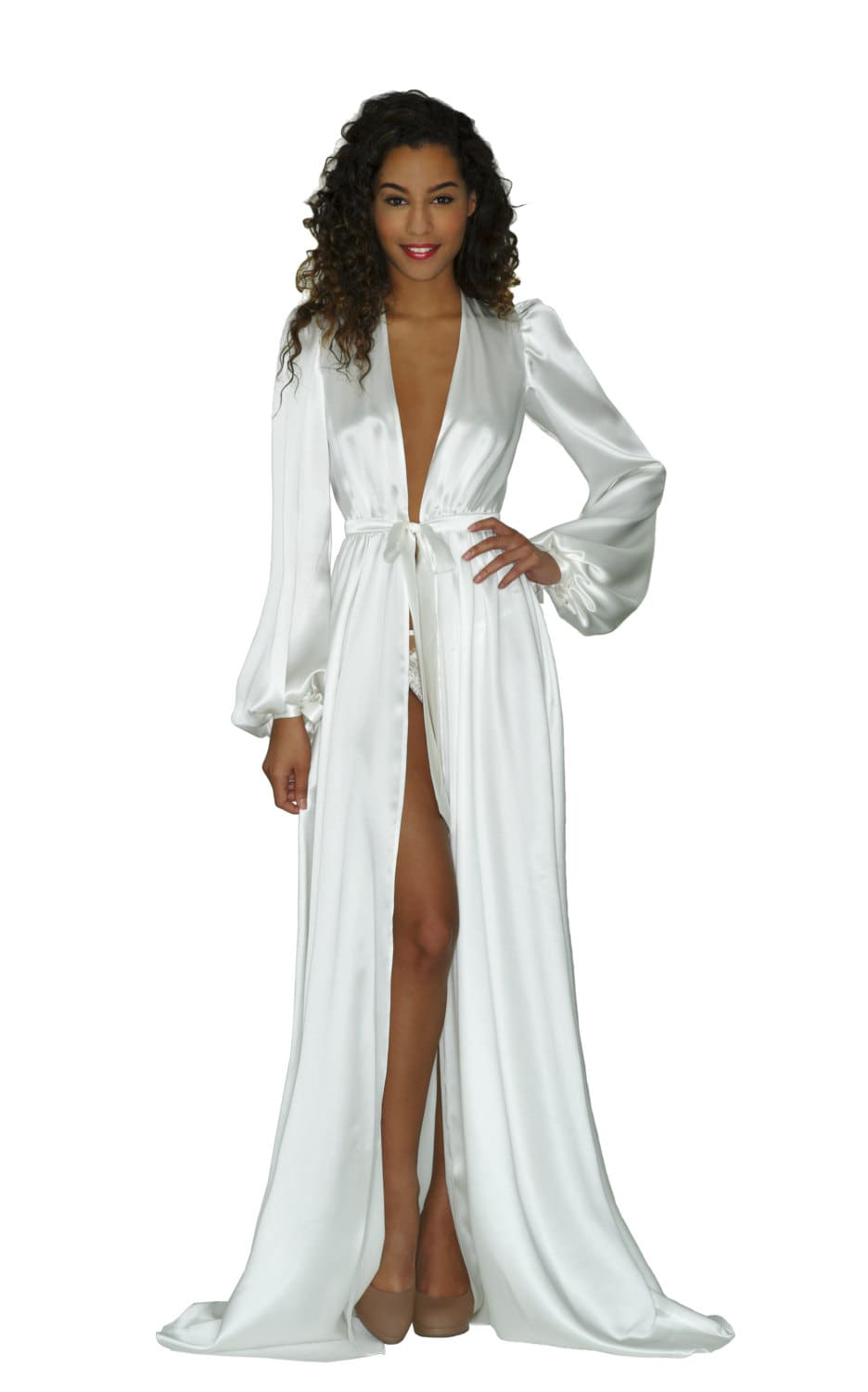 Luxury Silk Robes for Women. Both glamorous and fabulously comfortable, luxury bathrobes and women's silk robes from Julianna Rae are the perfect choice for the woman who deserves to .