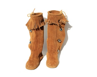 Vintage Brown Suede Moccasin Boots / Side Button Boots / size 7