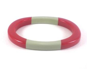Two Tone Lucite Bracelet - Red Grey Plastic Bangle - Oval Stripe Acrylic Bangle Bracelet Vintage Jewelry