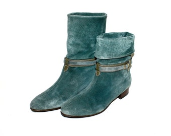 GUCCI Vintage Booties Green Suede Belted Ankle Boots 39B - AUTHENTIC -