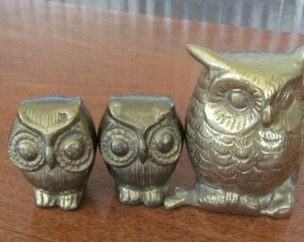 Vintage Brass Owl Figurines - trio - India - Collectibles - Brass Ornaments - Brass Accents - Brass Knick Knacks - Owl Collector - Birds