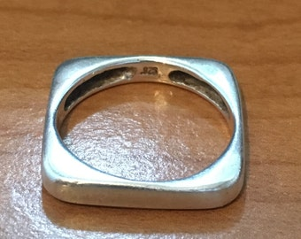 STACKABLE STERLING SILVER Ring Size 8.75