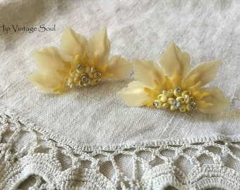 Vintage 1960's Large Yellow Shell Earrings, Screw Back, Rare, Retro Jewelry
