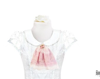 J5 Pink and White Lace Jabot