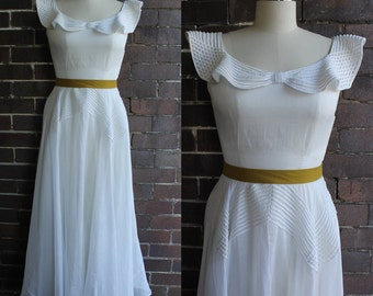 Vintage 1930's White Cotton Full Length Wedding Gown