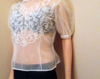 Vintage 50s Blouse. Sheer Ivory Lace Blouse. Organza Chiffon Crop Top. Short Sleeve Art Nouveau Top. Rockabilly Wedding Guest Blouse Small S