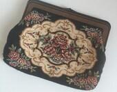 1970's Tapestry Clutch / Kisslock Purse / Floral Weaving / Bag / Vintage 70s