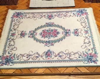 Vintage keshishian dollhouse rug carpet
