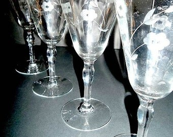 SALE...Set of 4 Delicate Etched Flower Stemware