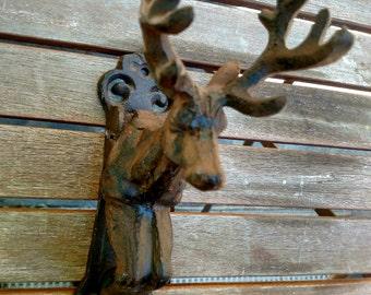 DEERKNOCKER! Vintage cast iron doorknocker, deer head with antlers, great condition, attractive weathered patina. Great for hunting lodge