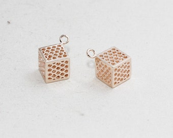 1 Pcs 10mm Rose Gold Cube Necklace, Filigree Cube, Cube Necklace, Pendant , Geometric, Open Cube Necklace, ROSE168