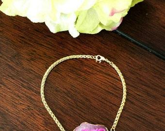 Gold Agate Bracelet-Pink agate slice, Agate Druzy, Gold, Chunky Bracelet, Gemstone, Geode Slice, Statement Bracelet, Gifts under 20