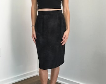Vintage Black and White High Waist Skirt // Size XS 24