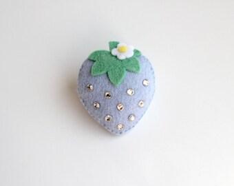 KiraKira Kawaii Strawberry Felt Brooch - Pastel Blue