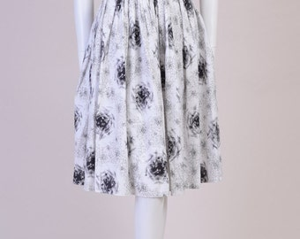 Vintage Skirt 1950s Cotton with Graphic Print
