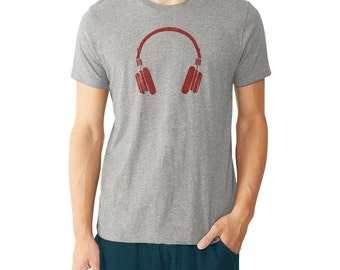 Gift for Musician, Artists. Red Vintage Headphone Tee Shirt - Gift for Him, musicians, music lovers, him, boyfriends, artists.