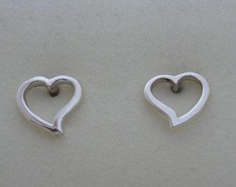 925 Sterling Silver Small Hollow Cut Out LOVE HEART Stud Earrings, 7 mm Diameter