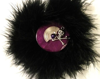 Skull Spin - Black Feather Hair Clip