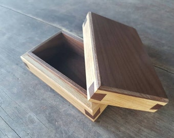 Oak and walnut jewelry box