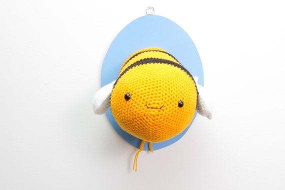 Taxidermy Crochet bee, crochet bee, Animal, Insect Bee, Trophy Head For Children's Bedroom, bee lovers, crochet bee
