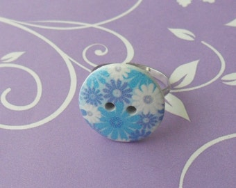 Blue & white flower button adjustable ring