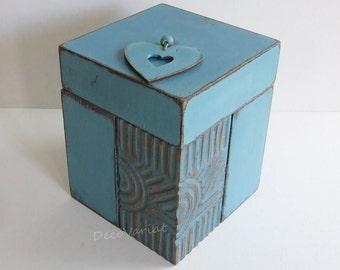 carved box, shabby chic box, blue box, shabby chic trinket box, trinket box , gift for her, Mother's Day gift, shabby chic tin