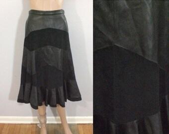 50% OFF Feb 9 - 11 Vintage 80 skirt, black skirt, leather skirt, midi skirt, striped skirt, zigzag skirt, ruffle skirt, black leather, mediu