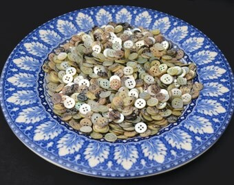100 AGOYA BUTTONS - 16L - great buttons!
