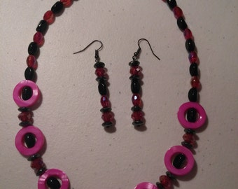 Red and Black Necklace / Choker and Earring Set