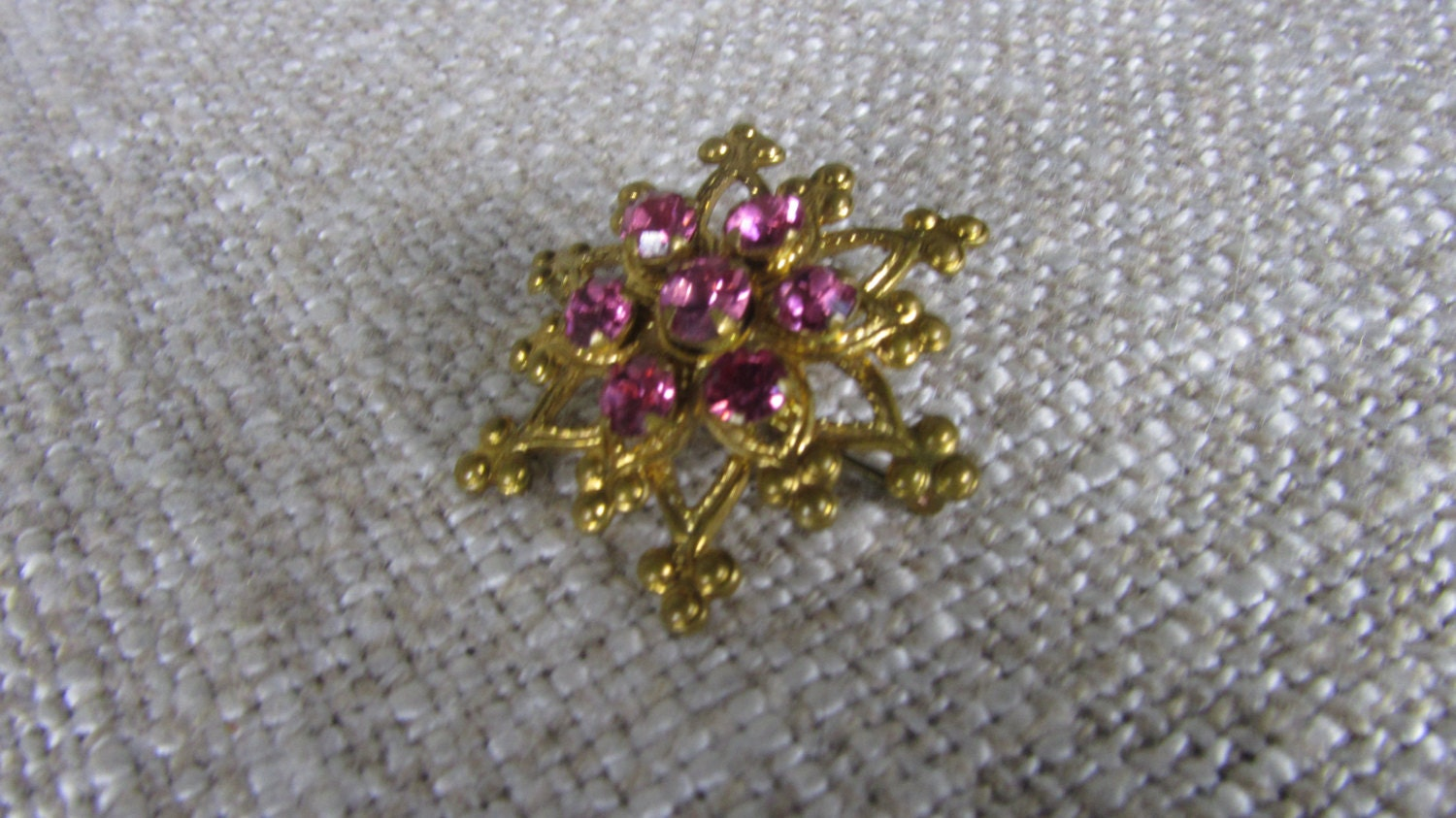 6 Ends Star Brooche With Ponk Rhinestones, Christmas Jewelry Gift For Her, Hannu