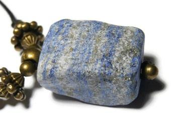 Necklace lapis lazuli gross
