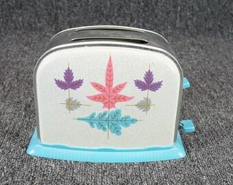 "Vintage 7 1/4"" X 5 1/4"" Metal/Plastic Toy Toaster W/ Leaf Pattern"