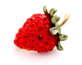 Strawberry Brooch, Broach, Strawberry, Brooches, Strawberry Broach, Strawberry Jewelry, Broaches, DIY Project Jewelry Craft Embellishment