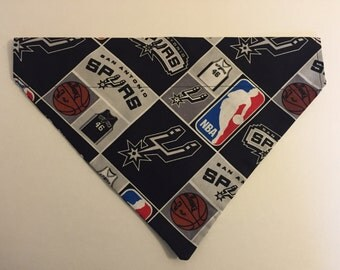 Dog bandana, NBA, San Antonio Spurs
