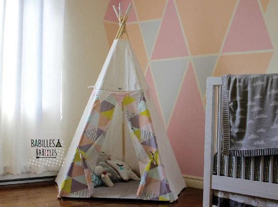 tipi pour enfant cachette cabane tente par babillesetbabioles. Black Bedroom Furniture Sets. Home Design Ideas