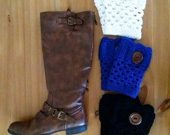 Scalloped Boot Cuffs, Crocheted Boot Cuffs, Handmade, Women's Accessory, Boot Cuff, Crochet Accessory