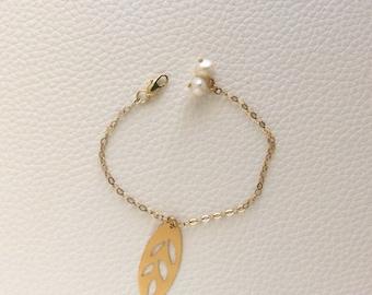 24k Yellow Gold Plated Leaf Bracelet