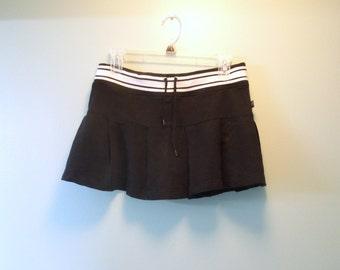 90s Flirty Pleated Mini Skirt