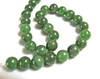 Jade beads, 28 beads, 8mm, green Jade - 390