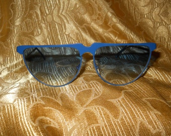 Genuine vintage Laura Biagiotti sunglasses  Made in Italy