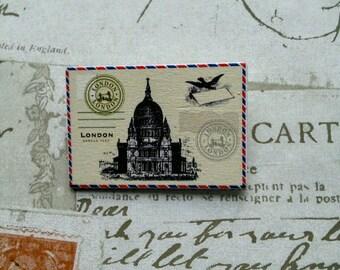 Vintage inspired London stamp badge/brooch handmade, great for Christmas