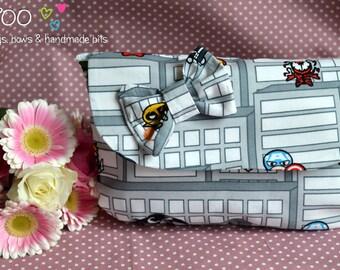 White Marvel Cute Kawaii Mini Heroes Clutch Bag